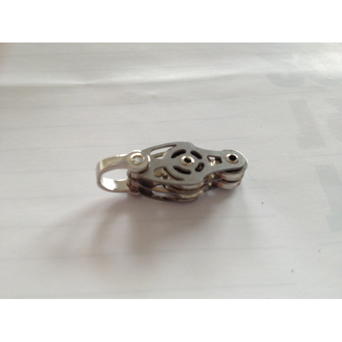 DOUBLE INOX PULLEY WITH SHACKLE - VIOLIN-SHAPED